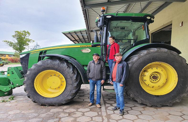 الشركات البولندية المتخصصة حققت ثورة زراعية كبيرة وقفزة في إنتاج أجود أنواع الحليب ومشتقات الألبان