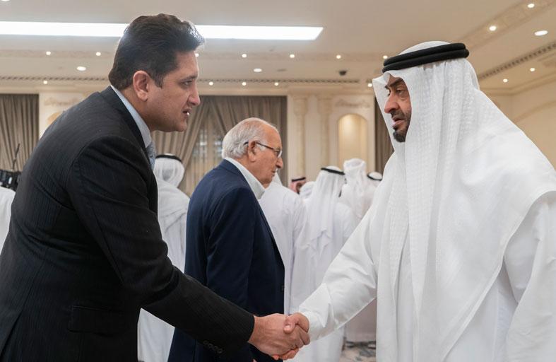 محمد بن زايد يتقبل تعازي الحكام وملك البحرين وأمير مكة وجموع المعزين في وفاة سلطان بن زايد