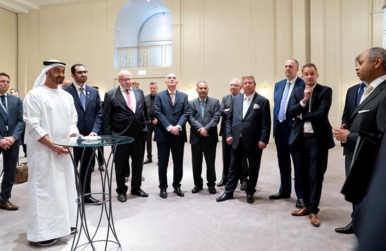 محمد بن زايد يستقبل عدداً من ممثلي مختلف الشركات في ألمانيا