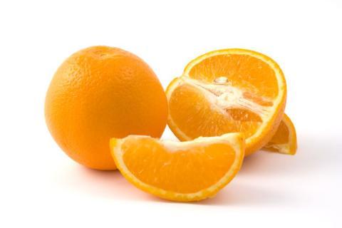 عصير البرتقال يحد من من مخاطر الإصابة بحصوات الكلى