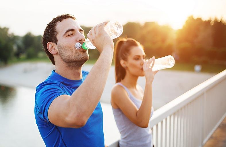 تعرف على كمية المياه المناسبة بحسب وزنك لتخسر الدهون