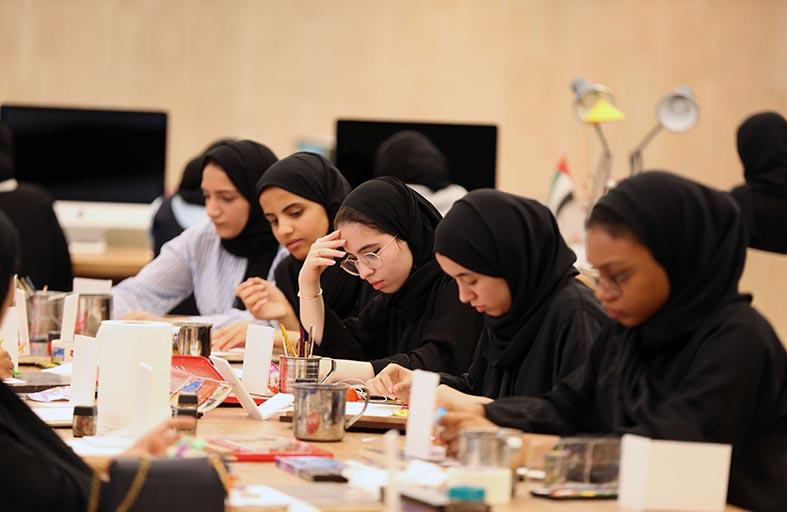 دائرتا التعليم والمعرفة والثقافة والسياحة - أبوظبي تختتمان المرحلة النهائية من تحكيم الطلبة الموهوبين في الفنون المرئية والأداء