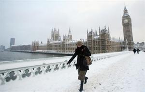 ربع أصحاب الملايين البريطانيين يفكرون بالهجرة بسبب الطقس