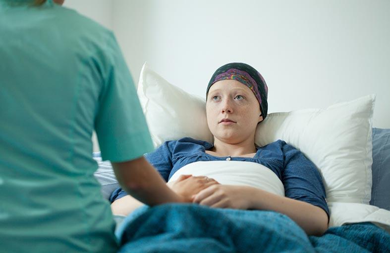 خليط من علاجين كيماوي  ومناعي يعزِّز معدلات النجاة