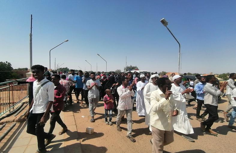 صحف عربية: السودان...تحذير من السيناريو اليمني والليبي