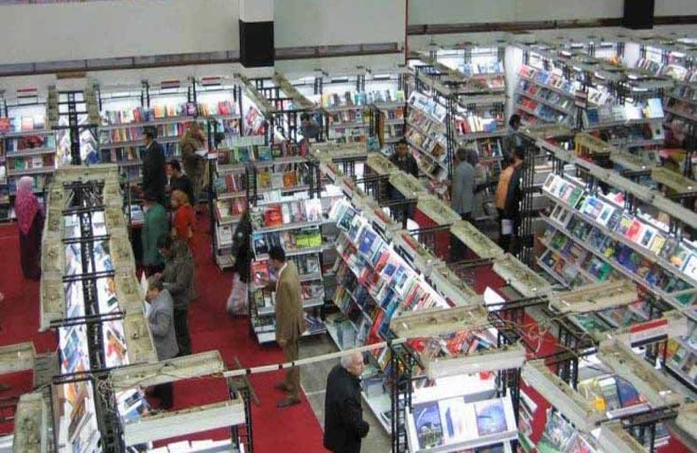طابع فرعوني لأجنحة معرض القاهرة الدولي للكتاب