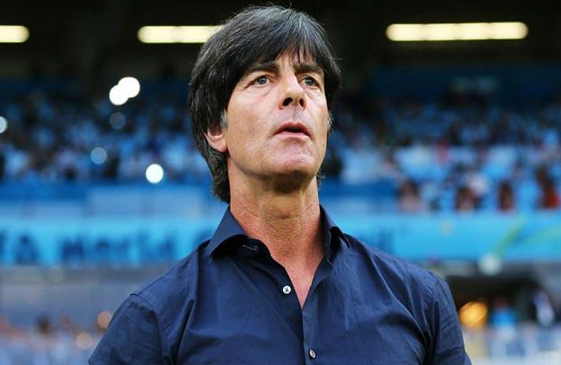 لوف يختبر تشكيلة ألمانيا أمام صربيا