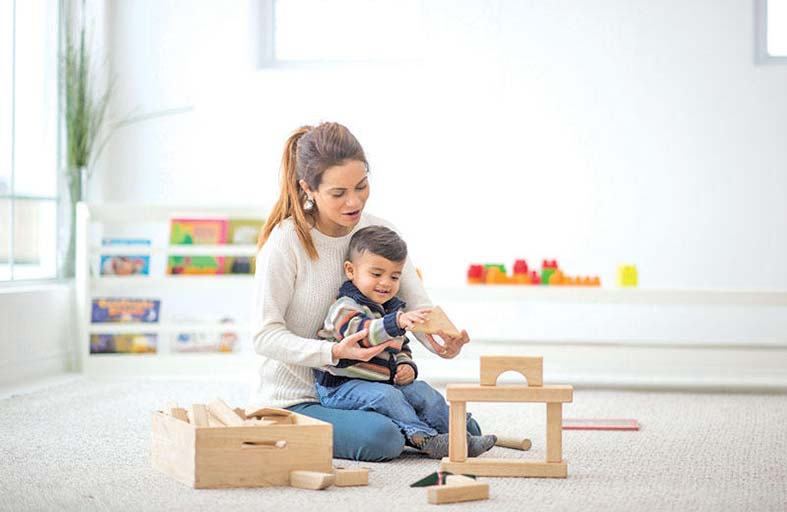 أهم ما يجب أن تعرفيه عن المرحلة الأولى من حياة طفلك