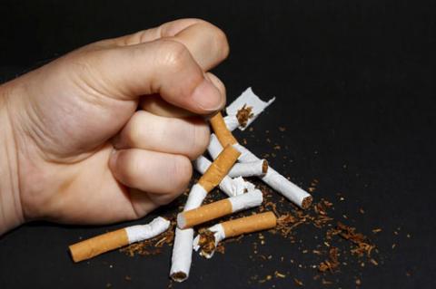 الإقلاع عن التدخين يخفف من القلق