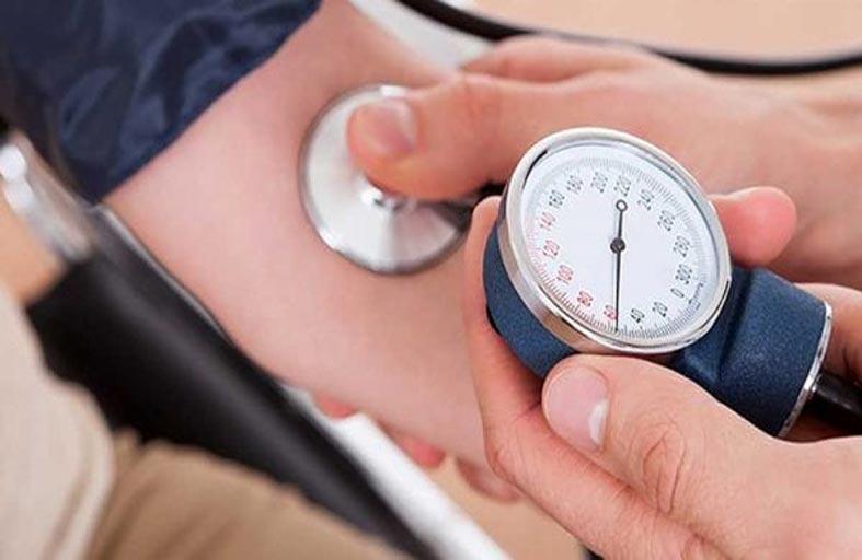 كيف تتحكم في ضغط الدم عن طريق رأسك؟
