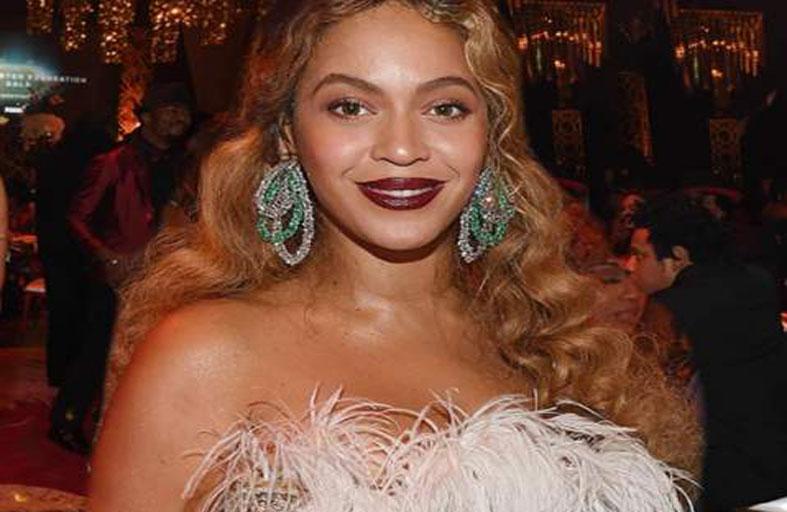 بيونسيه ساحرة الجمال في حفل
