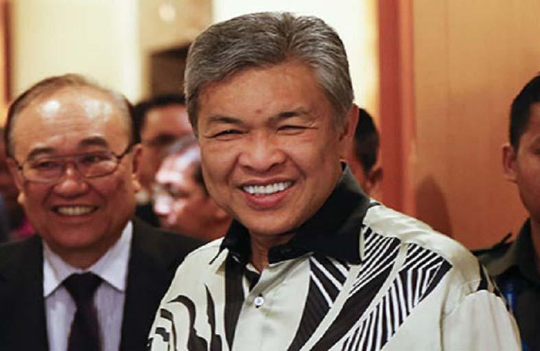 توجيه التهم لزعيم المعارضة الماليزية في قضية فساد