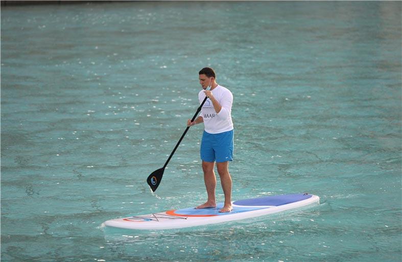 سباق قوارب التجديف -واقف في بحيرة سد حتا الجمعة