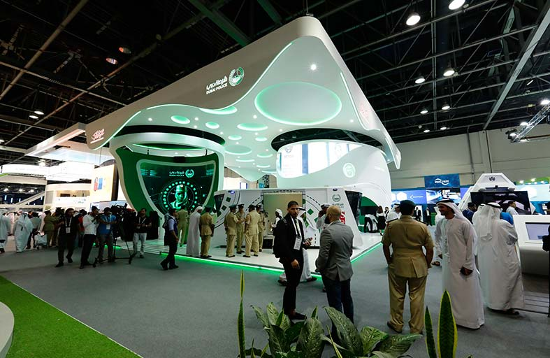 شرطة دبي تختتم مشاركتها في جيتكس بعرض 14 مشروعاً تقنياً وذكياً