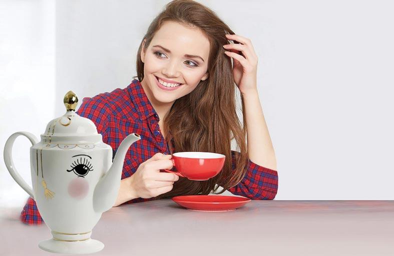 كيف يحافظ الشاي على جمال البشرة والشعر؟