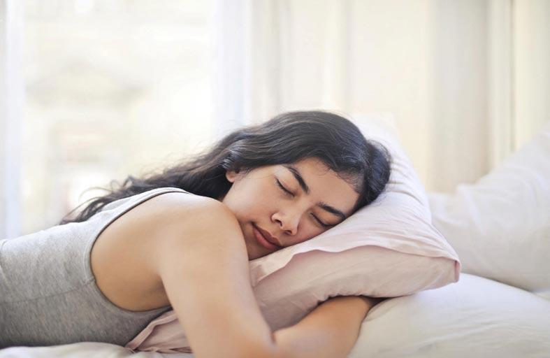 طريقة نومك تكشف أسرار شخصيتك