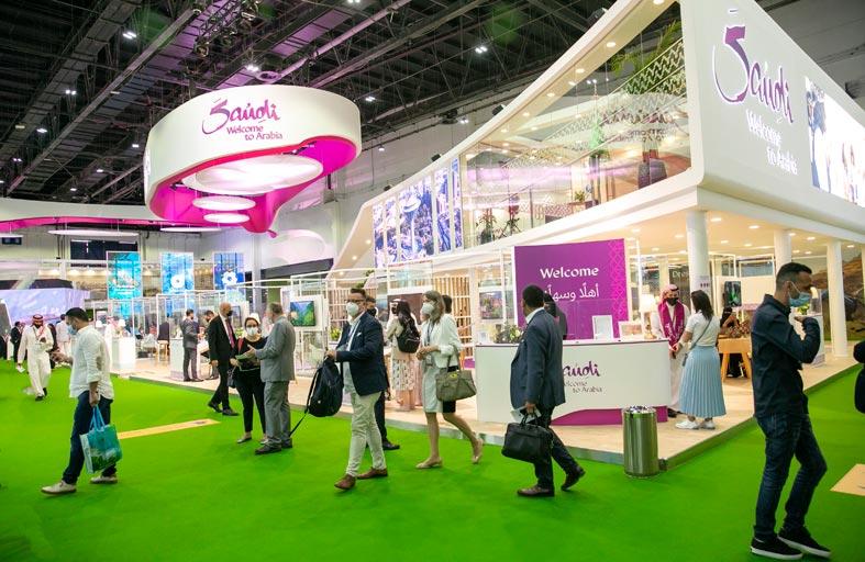 السعودية تجذب رواد صناعة السياحة حول العالم في «سوق السفر العربي»