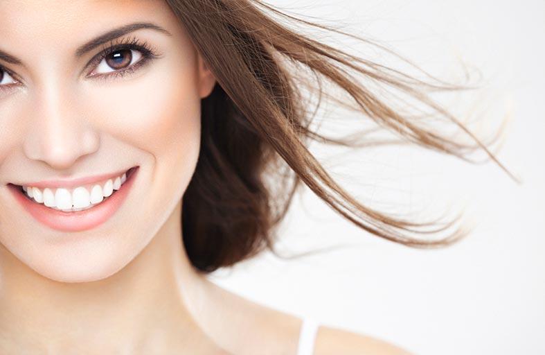 واجهات الأسنان... تمتعي بابتسامة ساحرة
