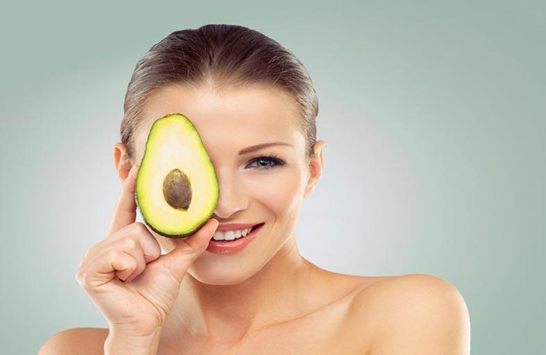 10 أطعمة غنية بالكولاجين تحافظ على شباب البشرة