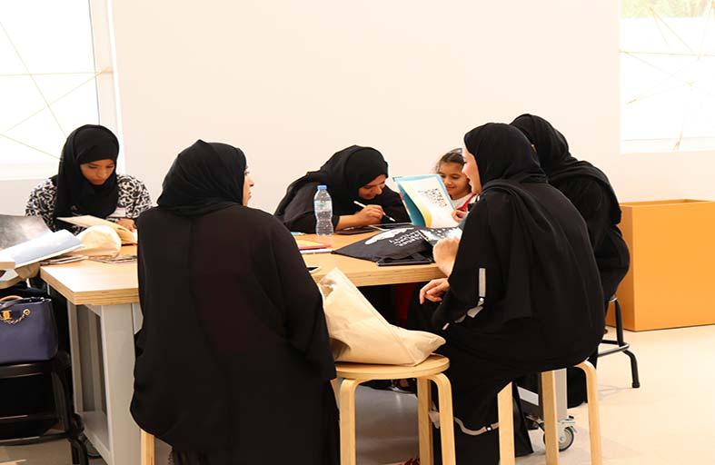 دار «كلمات» تعلّم الصغار وأولياء أمورهم فنون كتابة القصص