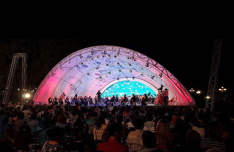 (جبالا) بمهرجانها الموسيقي الدولي جمعت بين جمال الطبيعة وسحر النغم فأسرت القلوب