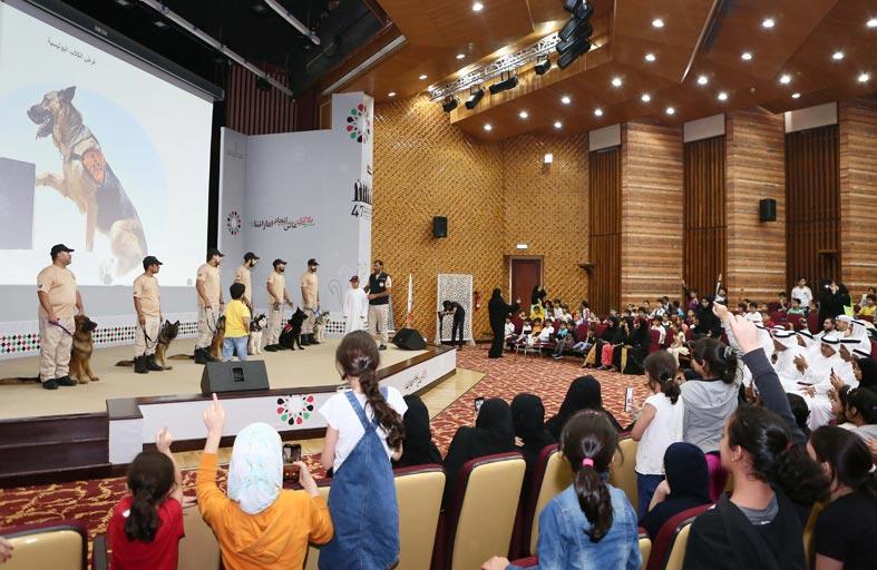 شرطة أبوظبي تشارك بفعالية بركة الدار بمؤسسة التنمية الأسرية