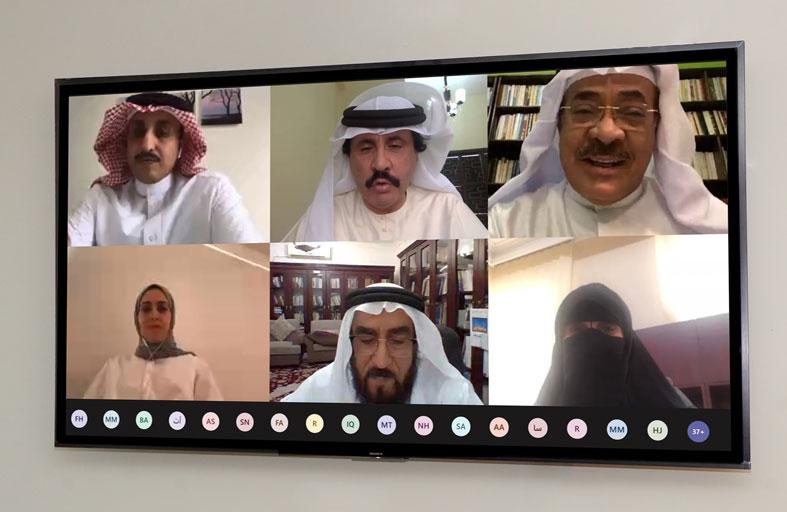 نادي تراث الإمارات ينظم ندوة عن وثائق  دولة الإمارات والخليج العربي في الأرشيفات العالمية