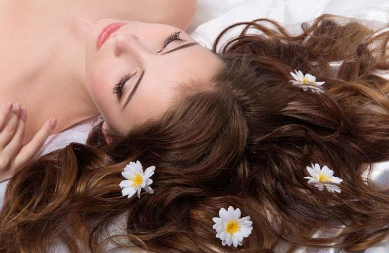 ما هي فوائد زيت الياسمين للشعر وكيف يمكنكِ تحضير ماسك منه؟