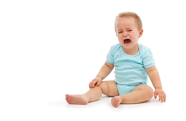 صراخ الرضيع.. متى يستلزم استشارة الطبيب؟