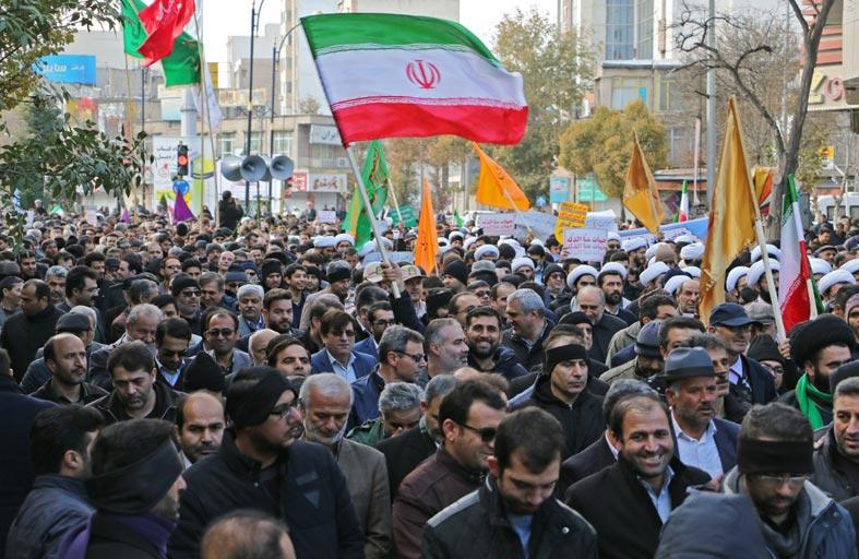 إيران تستخدم الرعايا الأجانب وشعبها...أوراق مقايضة
