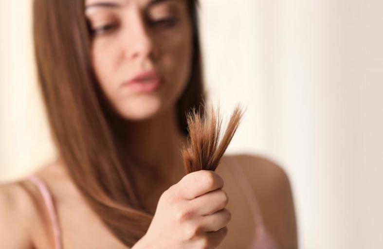 طرق ووصفات طبيعية لعلاج تقصف الشعر