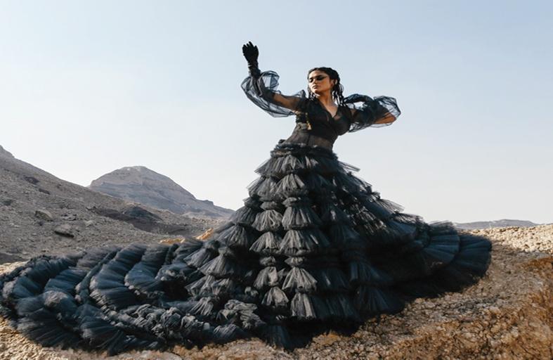 أسبوع الموضة العربي يعود بصيغة حضورية في حي دبي للتصميم