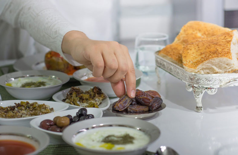 ما أفضل طعام على السحور.. وما الأغذية الواجب اجتنابها؟
