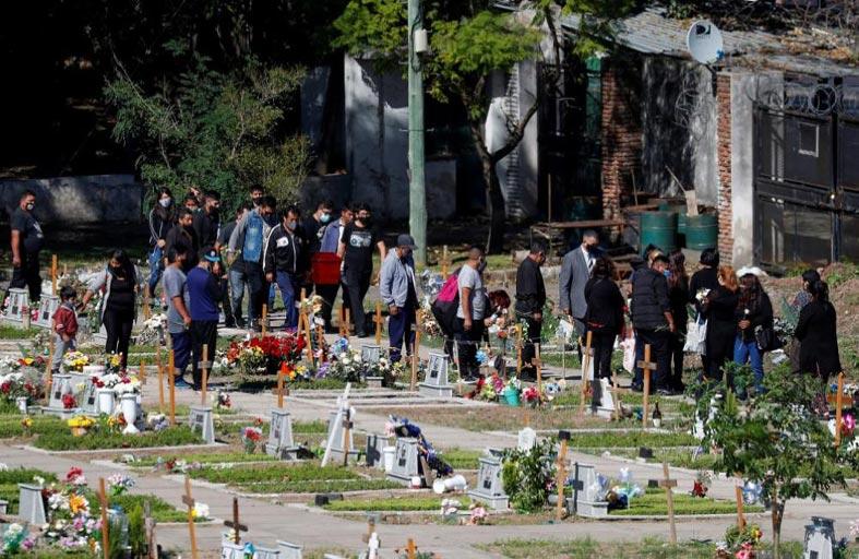 حصيلة كورونا في الأرجنتين تتخطّى 70 ألف حالة وفاة