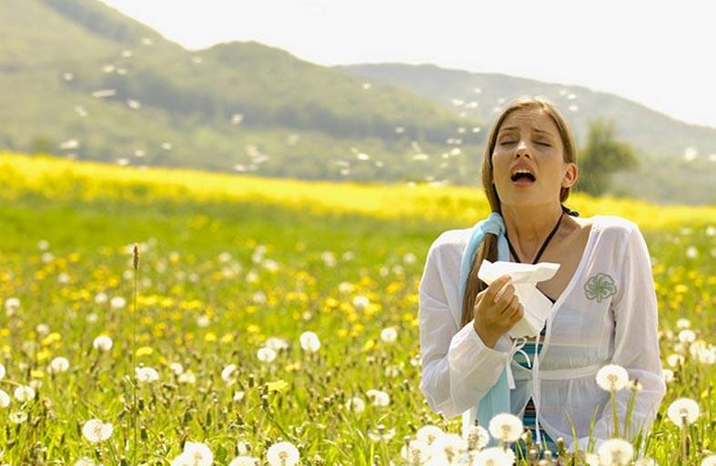 الحساسية الموسمية.. هكذا تواجهها أو تتأقلم معها بـ(علاج مناعي)