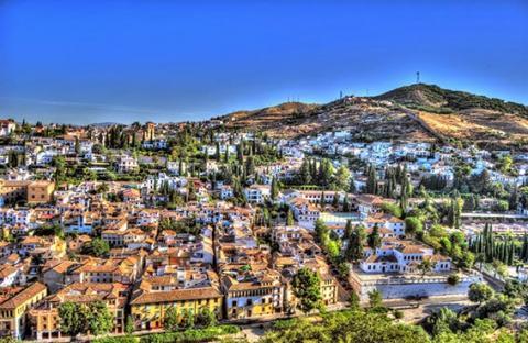 غرناطة.. أجمل الأماكن داخل إسبانيا