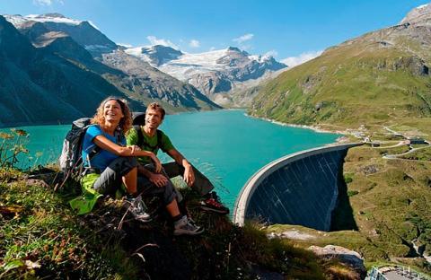 السياحة في كابرون النمساوية.. جولة بين السحر والجمال