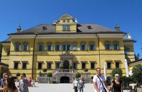 النمسا.. قصر هيلبرون في  سالزبورغ موعد لطيف مع التاريخ