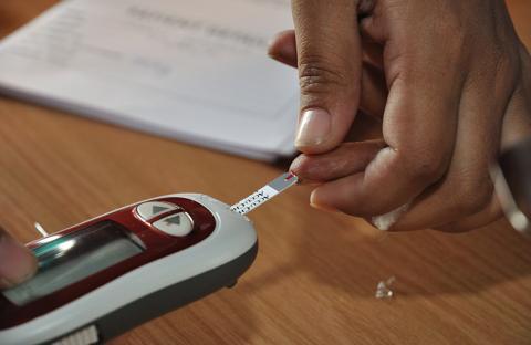 قياس مستوى السكر في الدم دون أخذ عينة