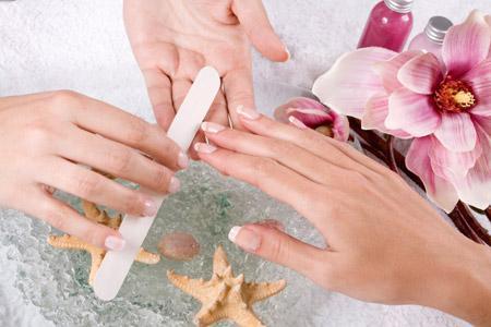 أفضل الطرق لعلاج الأظافر المتقصفة
