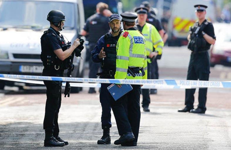 مانشستر المختلطة تخشى مزيداً من التطرف والإرهاب