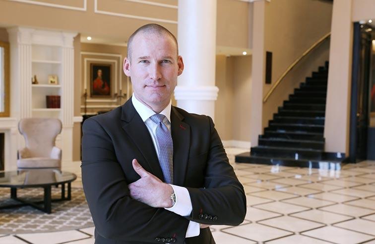 تريستان ديلا بورت مديرا عاما لفندق ديوكس دبي الجديد