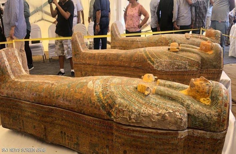 كشف أثري ضخم لتوابيت فرعونية