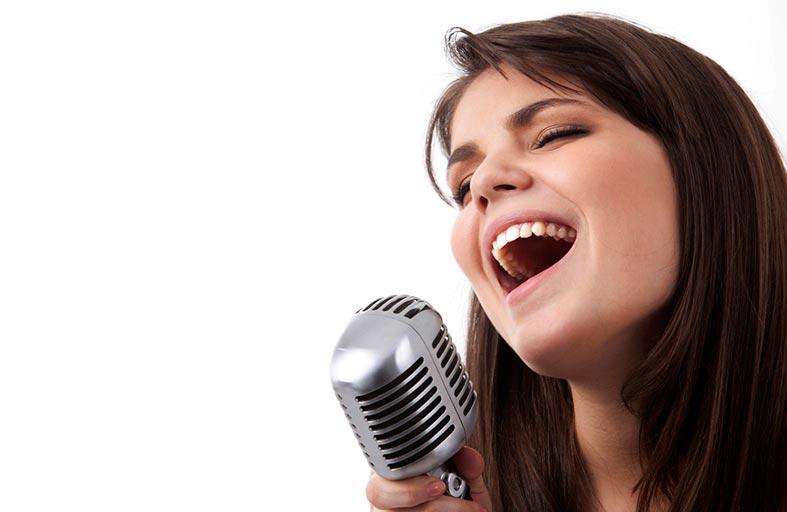 الغناء يقلل الشعور بالضغط النفسي