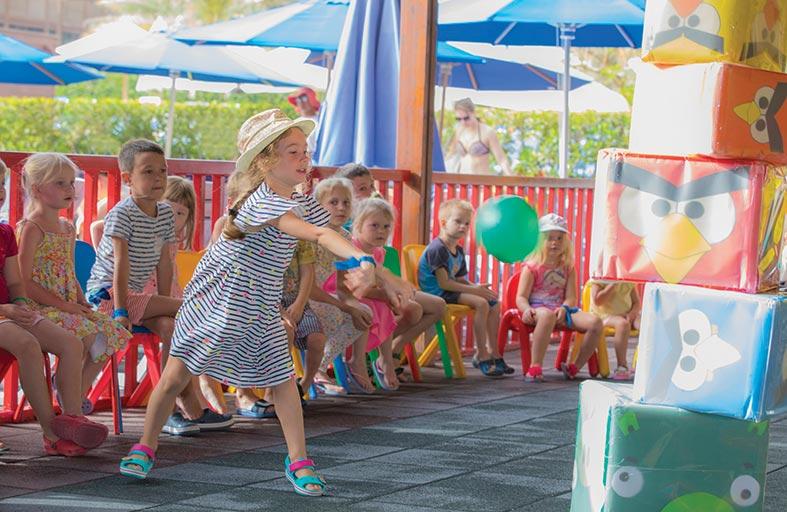 ريكسوس باب البحر يحتفي بالأطفال بمناسبة يوم الطفل الإماراتي