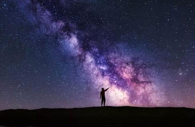 باحثون يكشفون كتلة مجرة درب التبانة