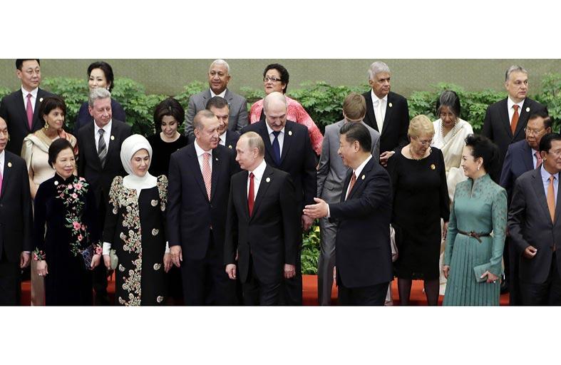 هكذا يغيّر التنين الصيني الزاحف قطار العولمة...!