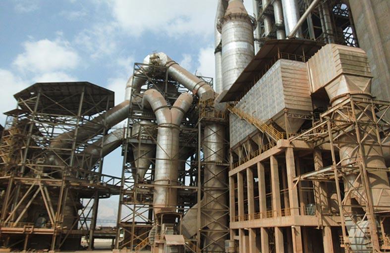 الصناعة في الفجيرة .. رافد قوي في دعم الاقتصاد الوطني