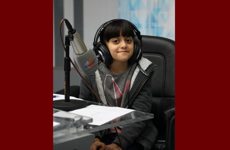 «إذاعة الشارقة» تواكب اليوم العالمي للطفل وتبث حلقة خاصة عبر برنامجها «الأثير»