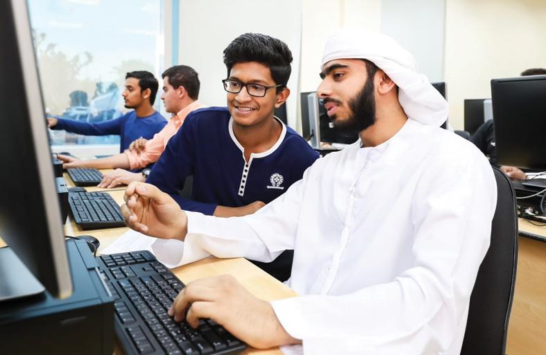 جامعة أبوظبي تطلق مسابقة البرمجة السنوية الأولى